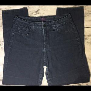 NYDJ skinny fit dark wash SIZE 8P